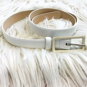 Talbots white and cream leather skinny belt small